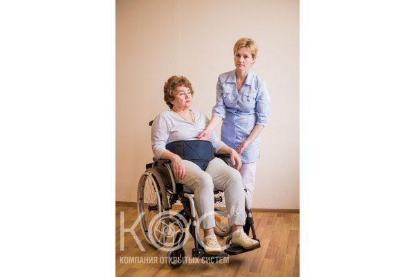 фиксирующий пояс для инвалидной коляски