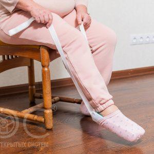 приспособление для надевания носков